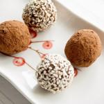 Домашние конфеты из кокосовой стружки и фиников