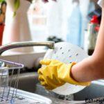 Чем опасны моющие средства для мытья посуды? И почему не стоит покупать эко-средства?